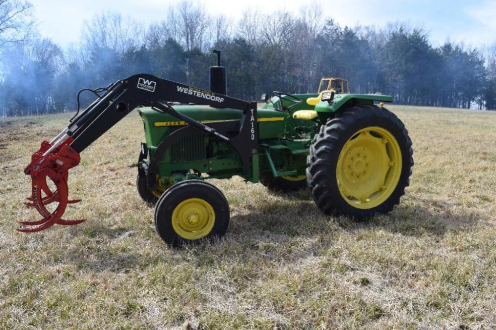 2130 European Model John Deere Tractor with Loader - Well