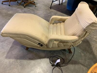 Very Comfortable Therapeutic Electric Recliner