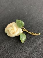 18K Yellow Gold Brooch w/ Carved Shell - Rose and 2 Carved Jade Leaves