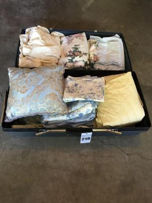 King Size Bed Coverings & Trunk