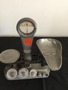 Antique Detecto-Gram Scale (one weight missing)