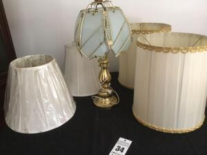Glass designed table lamp & 4 additional lamp shades