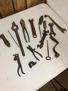 Assortment of Vintage Hand Tools