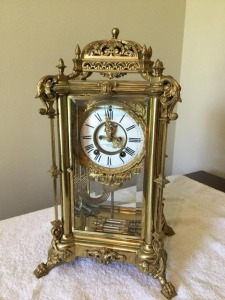 Antique Ansonia Clock Co. Decorative metal/plated glass mental clock key wind & weighted pendulum - chime