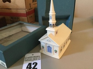 Lenox China - Holiday Village Collection - Olde Village Church 1992