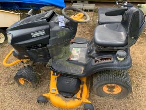 Craftsman 7400 Pro Series Riding Lawnmower - NO KEY - Unable to Test - Buyer Bring Means to Load