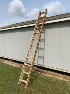 Werner D1124-2 Type III Aluminum Extension Ladder - 24ft