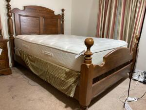 Vintage solid wooden cannonball bed by Vaughn and Bassett -Headboard is 58 inches tall frame 63 1/2 x 89 1/2 - D
