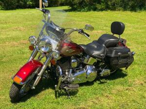 2009 HARLEY DAVIDSON HERITAGE SOFTAIL MOTORCYCLE - Less than 5,000 miles! Selling subject to seller confirmation