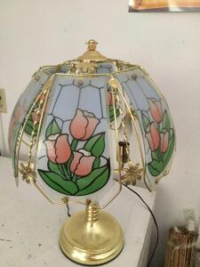 Touch powered Decorative Lamp with Stained glass panels