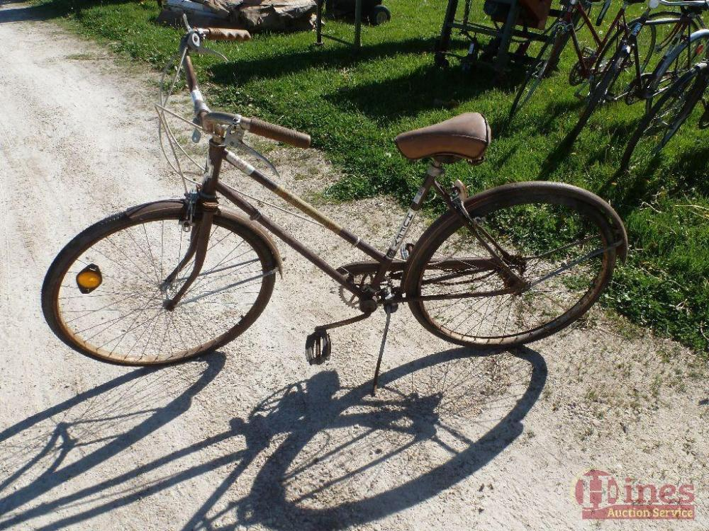 Vintage Huffy Sun Country 3sp bike, with 1978 Village of Ellsworth