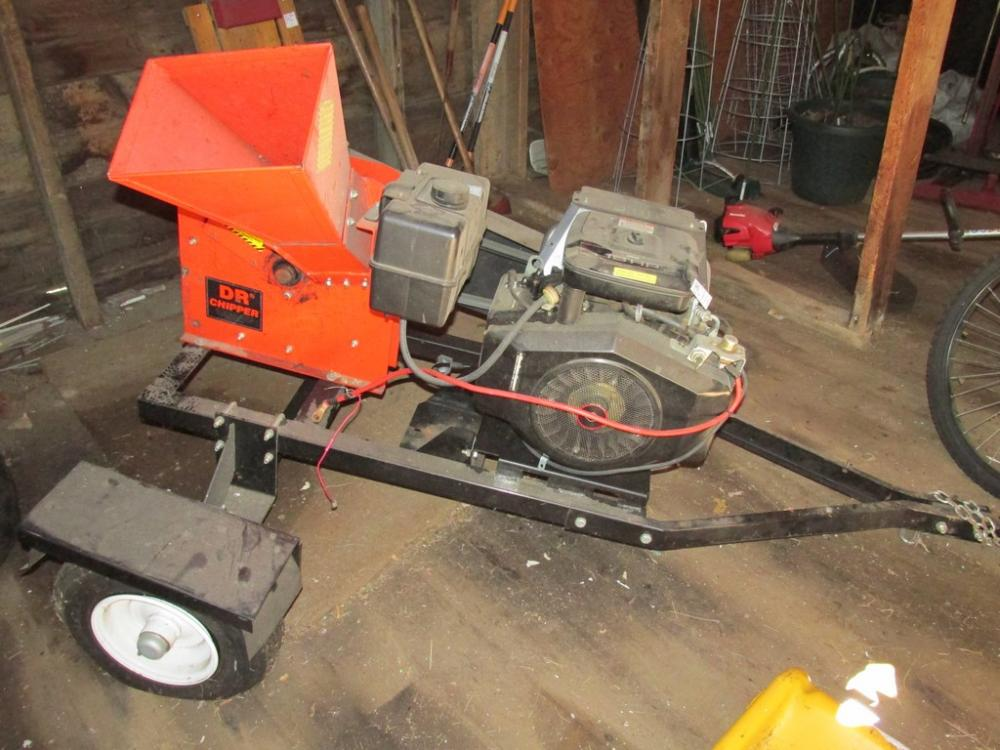 Dr Chipper Model C18 Chp Ser 10800 Mounted On Trailer With Briggs Stratton 18hp Twin Cylinder Motor Cur Price 650