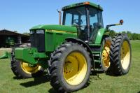 John Deere Tractor 7710, 155 Horse Power, 7020 hours, last serviced @6978 hours, Comfort Cab, cushion seat, cold AC, Stereo