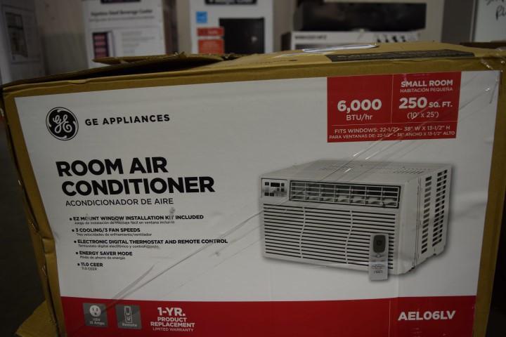 GE Room Air Conditioner, 6,000 BTU, cools 250 sq  ft  room, 115 volt