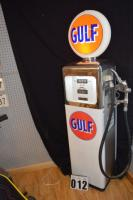 Vintage Gulf Gas Pump - Fully restored, southwest Pump Co. Model 52-1 Insta n ation l- 866 G.O.C. 5846416 (after market globe) (Illuminated)