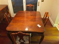 "Wooden Dining Table w/ 4 chairs- 31""x53""x42"""