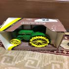 JOHN DEERE 1953 Collector's Edition Model D Tractor (1/16 Scale, In Box)