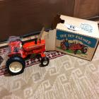 ERTL ALLIS-CHALMERS D-19 Tractor (In Box)